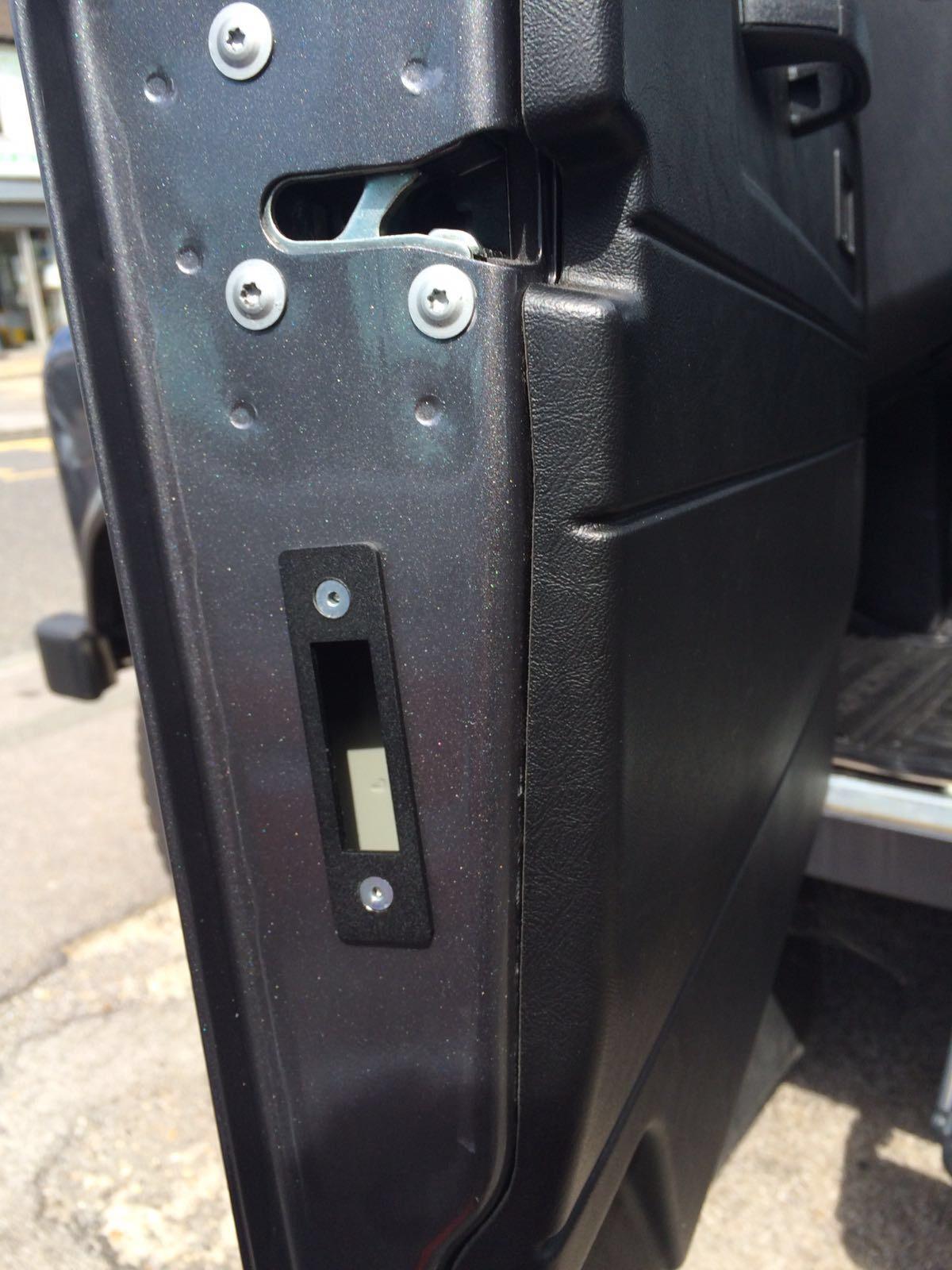 Land Rover Defender Dead Locks Locks And Tools Ltd